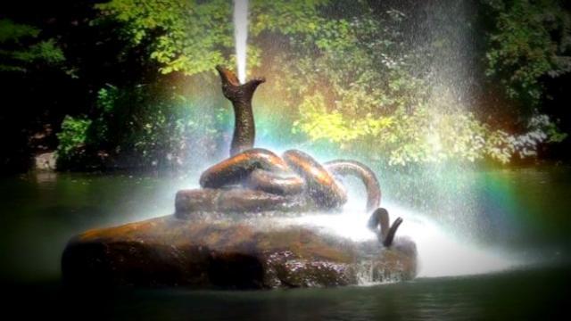 Осенняя мелодия фонтана
